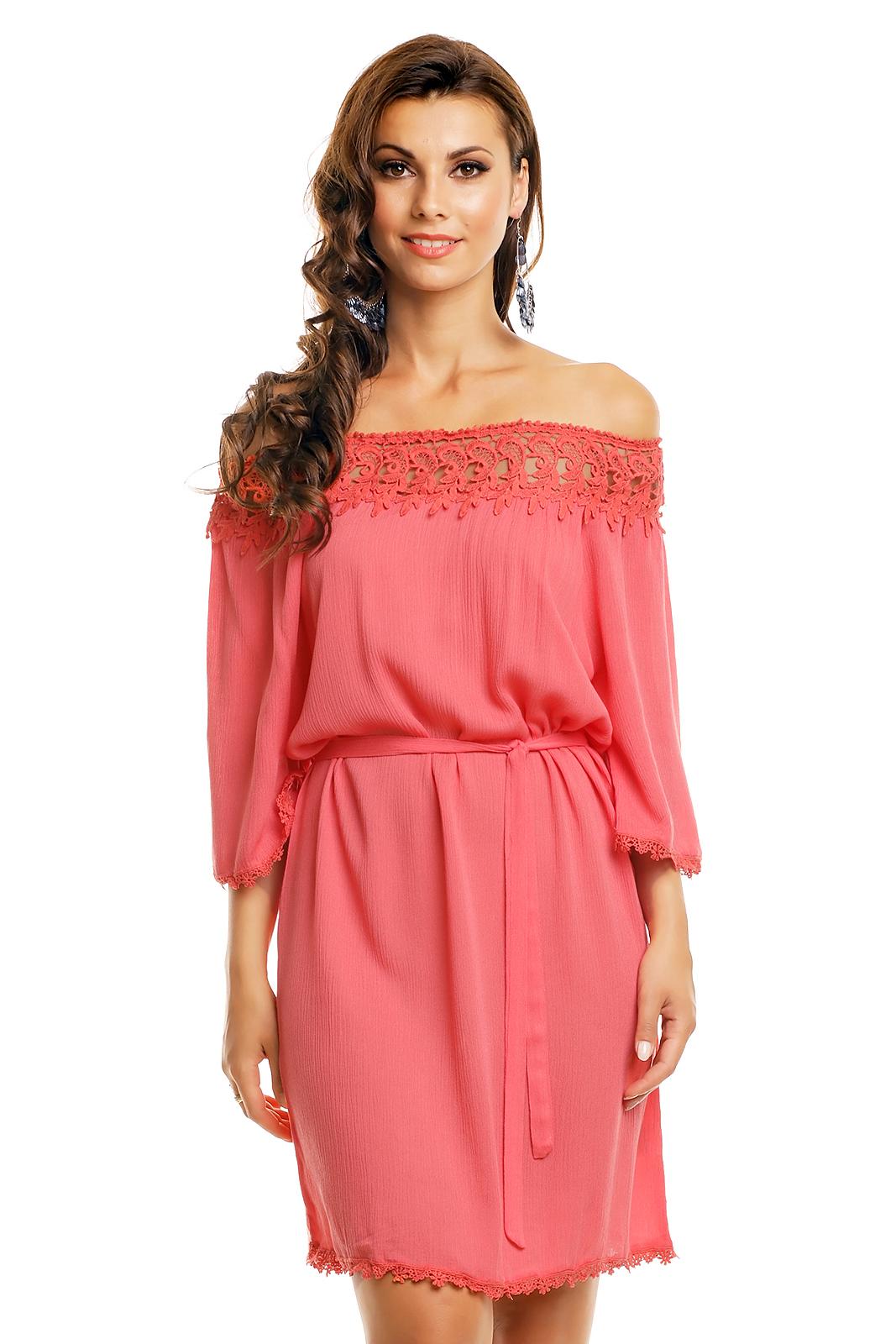 Biena Čarokrásne šaty s odhalenými ramenami   Biena dámske oblečenie e0093ac0ad5